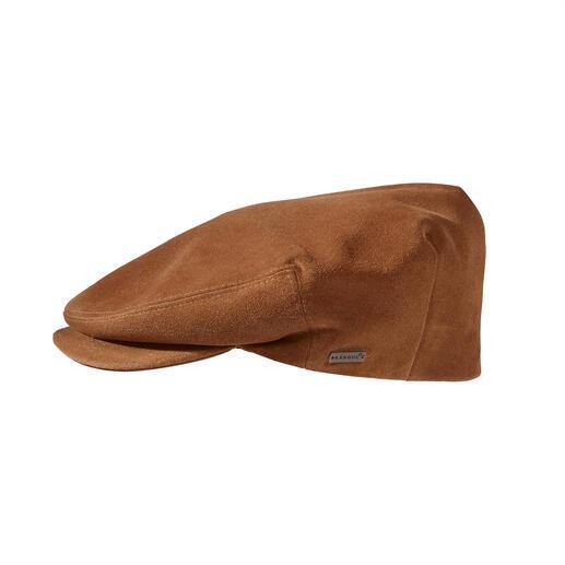 Die Schiebermütze aus knautschweichem Rindvelours. Von Kangol®, Traditions-Hutmacher von 1938. Viel geschmeidiger (und zugleich langlebiger) als die jetzt angesagten Stoff-Schiebermützen.