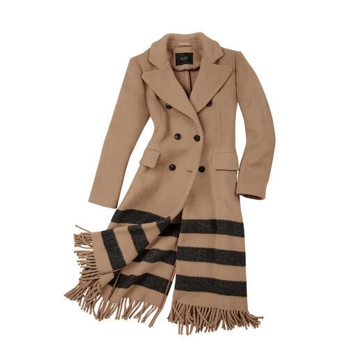 Der klassische Camel-Coat mit Fashion-Fresh-up: Blazer-Form. Streifen. Fransen. Vom Edel-Label Seventy Venezia, Italien.