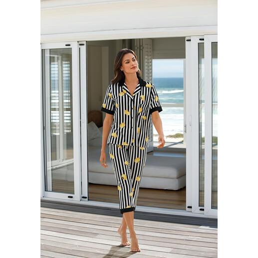 Der Pyjama von Donna Karan New York. Trendgerecht wie ein High-Fashion-Piece.