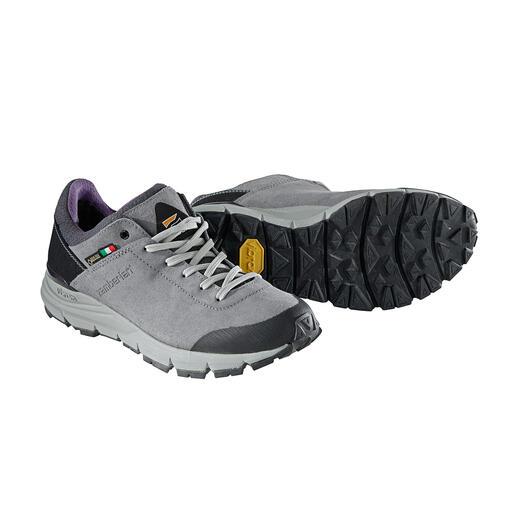 Der perfekte Schuh auf Reisen. Bequem, robust, wasserdicht, leicht und atmend. Der perfekte Schuh auf Reisen. Bequem, robust, wasserdicht, leicht und atmend.