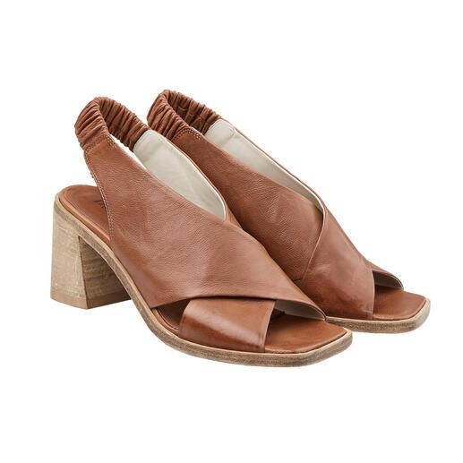 Die modische Kreuzbandagen-Sandalette im Antik-Look. Traditionelles, italienisches Schuh-Handwerk von Ducanero®.