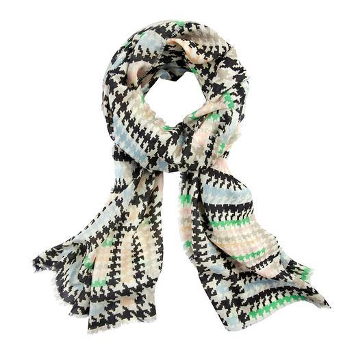 Der reissfeste, atmungsaktive, zart glänzende Schal. Made in Italy von Abstract. Hahnentritt 2.0: So modisch, so ausdrucksstark war das klassische Muster noch nie.
