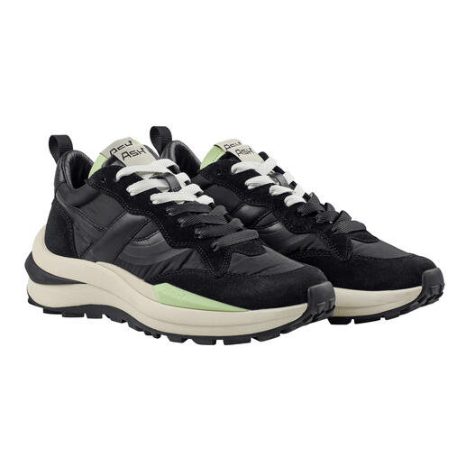 Der stilvolle und alltagstaugliche unter den trendigen Running-Sneakern. Die Nylon-Sneaker von Ash.