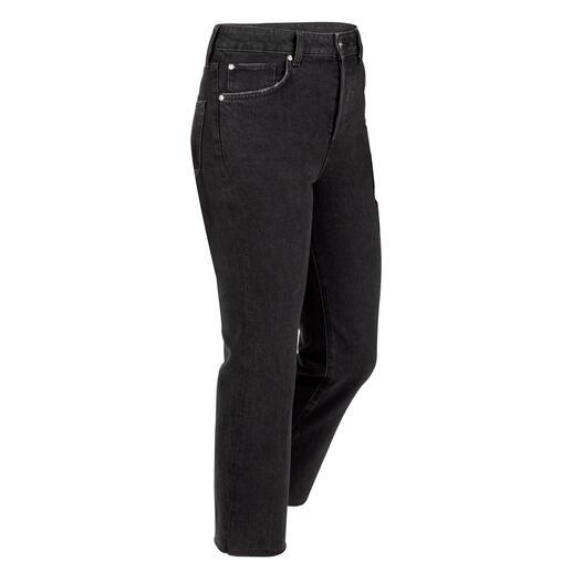 Die Bottom up-Jeans aus der Better Denim-Kollektion. Mit modisch kurzem Bein und Fransen-Saum. Der bewährte Liu Jo Knack-Po-Effekt – erstmals aus ökologisch nachhaltigem Denim.