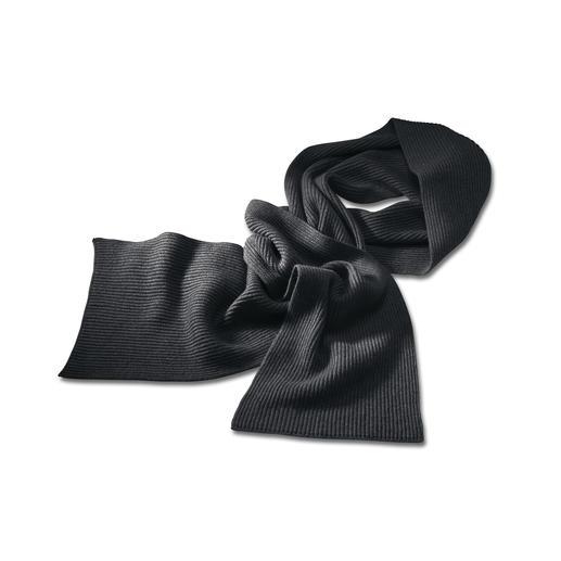 Kaschmir-Mütze, -Schal oder Handschuhe Baskenmütze, Schal und Handschuhe von Johnstons/Schottland.