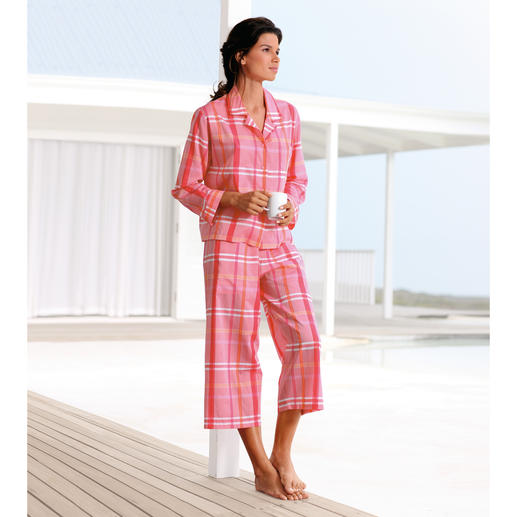 NOVILA Karo-Pyjama, Orange/Pink Der Karo-Pyjama in Pink, Orange, Rosa. Aus hochwertigem italienischen Batist.