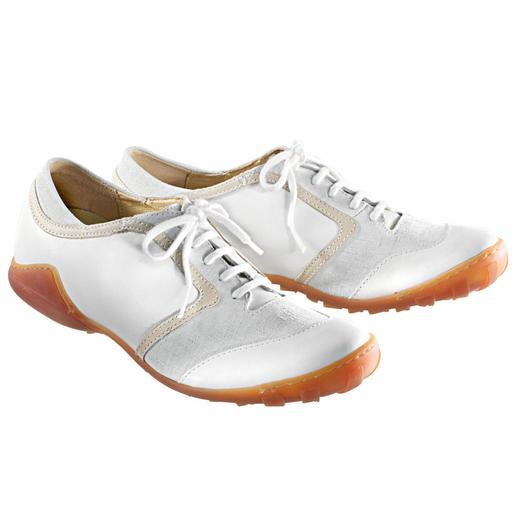 Weisse Sommer-Sneaker Egal ob Sie lange gehen, stehen oder laufen, die Stoss absorbierende Latexsohle hält müde Füsse länger munter.
