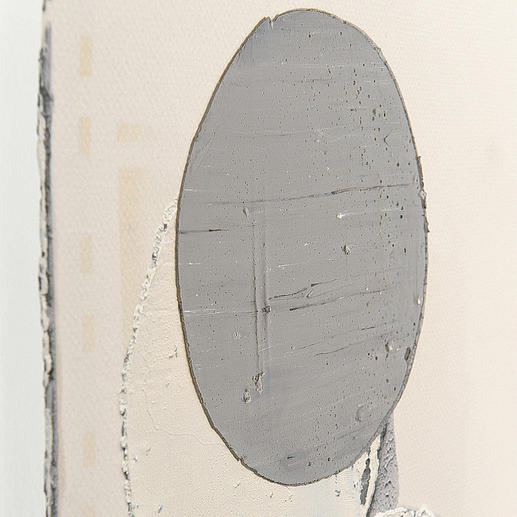 Die Farbkreise aus Öl werden bei jedem der 20 Multiples von Künstlerhand gemalt.