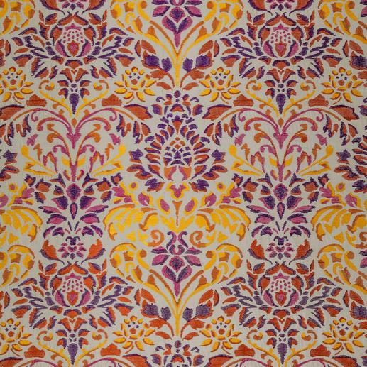 """Vorhang """"Eden"""", 1 Vorhang Aufwändig bestickter Baumwoll-Seiden-Taft aus der neuen """"Cool Colours""""-Kollektion von Sahco."""