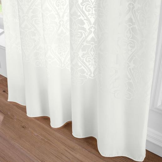 Vorhang Justine - 1 Stück Besonders eleganter Abschluss: Der übergangslose Sockel macht diesen Vorhang einzigartig.