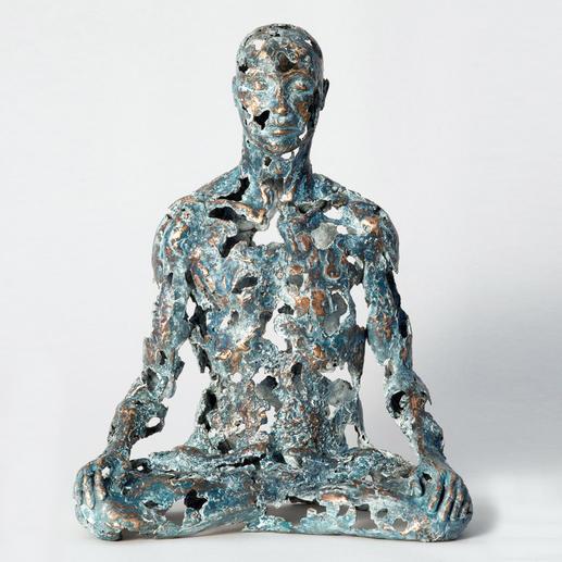 """Sukhi Barber: """"Thaw"""" - Sukhi Barbers neueste Unikatserie. (Ihre letzte war nach wenigen Wochen ausverkauft.) 16 Bronze-Skulpturen."""