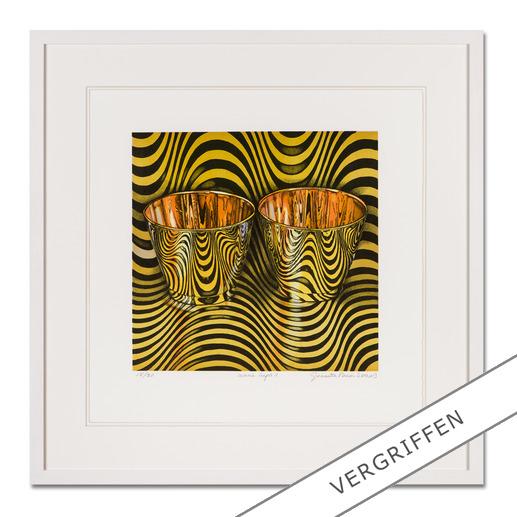 """Pasin Sloan: """"wave cups II"""" - Pasin Sloans berühmte """"Lichtspiel-Bilder"""". Ausgestellt in Museen. Und jetzt als limitierte Lithografie bei Ihnen zu Hause. Ihre neueste Edition. 30 Exemplare."""