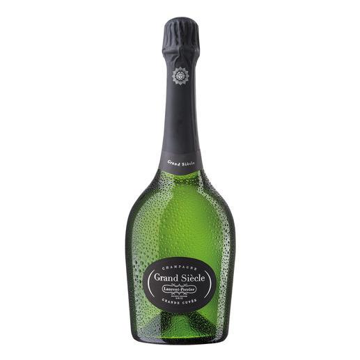 Grand Siècle, Champagne, Frankreich Grand Siècle – die Rekonstruktion des perfekten Jahrgangs.