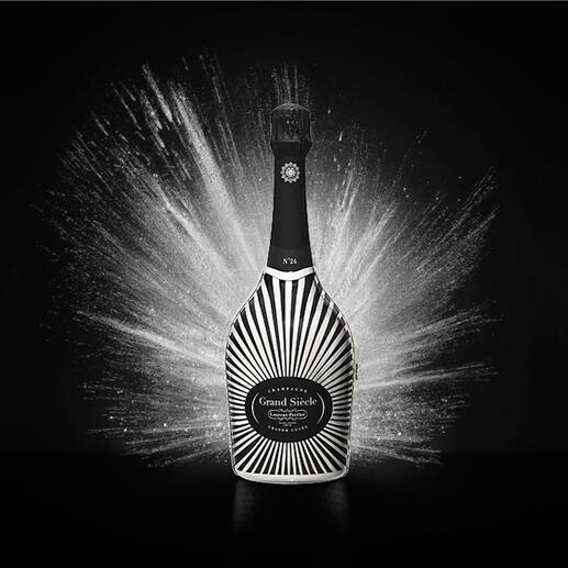 Champagne Laurent-Perrier Grand Siecle in Robe, Frankreich Der Champagner im strahlenden Festgewand: Grand Siècle rekonstruiert den perfekten Jahrgang.